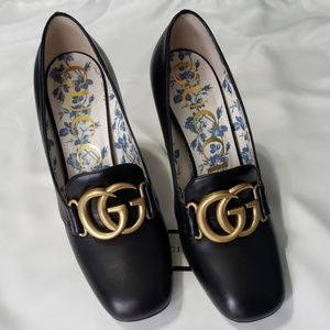 Gucci Black Square Toe Leather Loafer Size 37